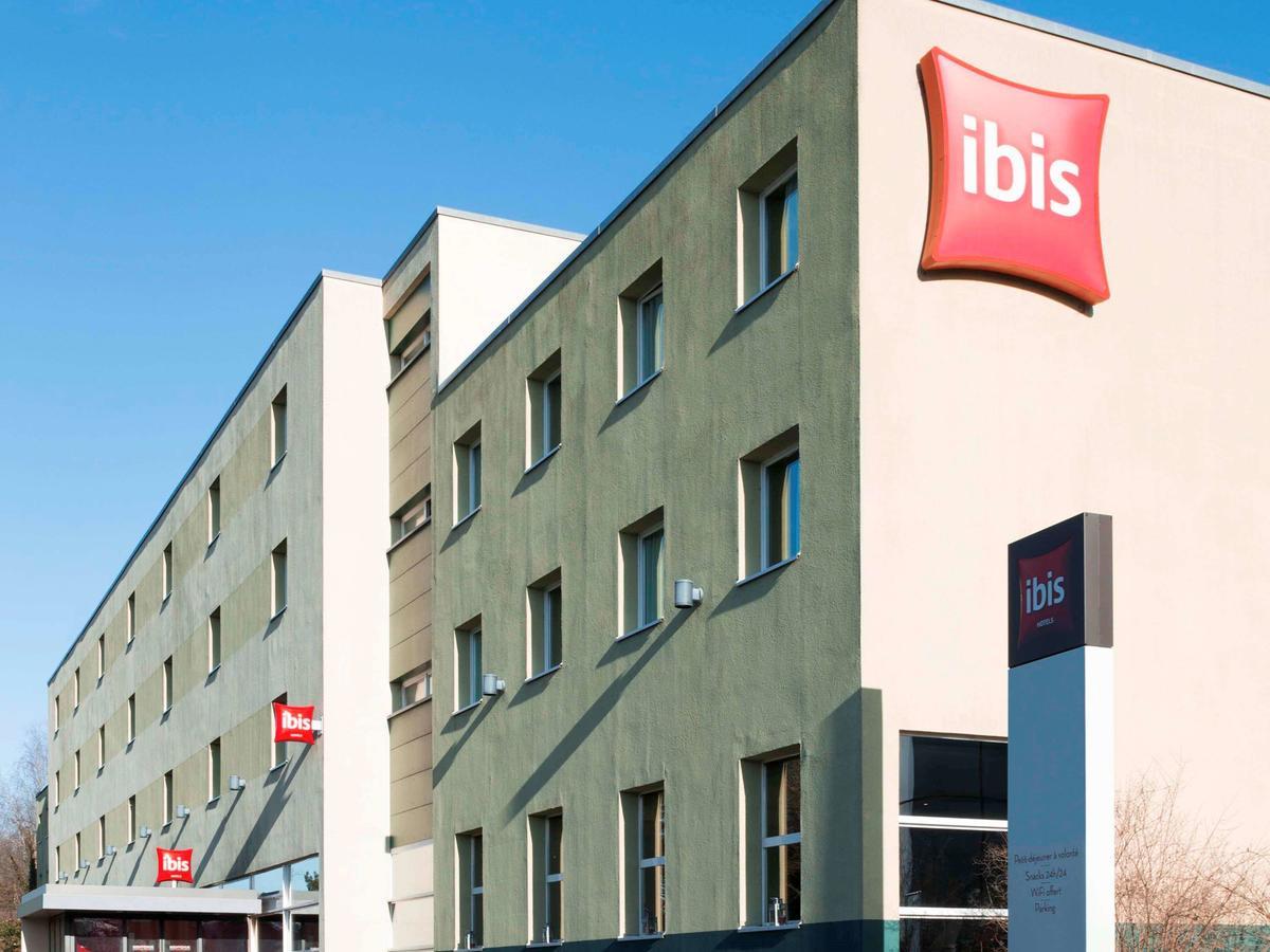 Ibis hotel exterior